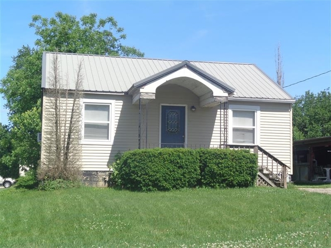 403 S Chestnut St. S Huntingburg, IN 47542 | MLS 201922106 | photo 1