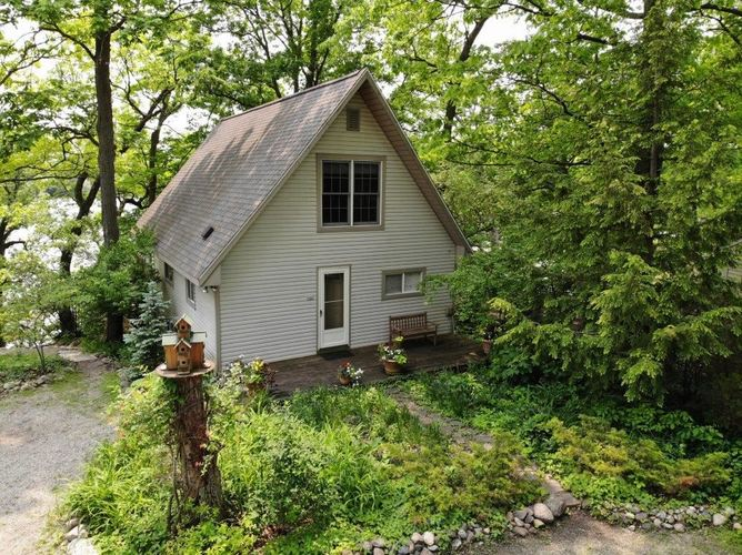 9381 E Promontory Point E Syracuse, IN 46567 | MLS 201922303 | photo 1