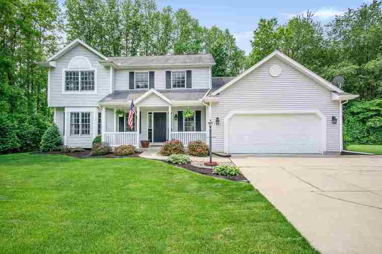 13672  Ranier Drive Middlebury, IN 46540 | MLS 201922321