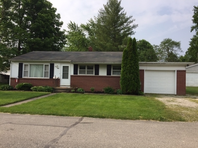 209 W 9th Street Burlington, IN 46915 | MLS 201922643