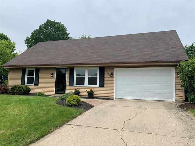 8529  Maple Bluff Court New Haven, IN 46774 | MLS 201922856