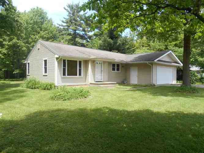 18923 CLEVELAND Road South Bend, IN 46637   MLS 201923078   photo 1