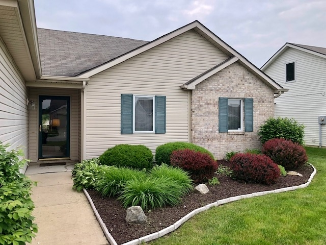 2132 Othello Cove Fort Wayne, IN 46818 | MLS 201923160 | photo 2