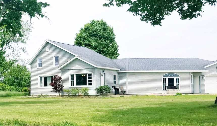 11433  County Road 14 Road Middlebury, IN 46540 | MLS 201923279