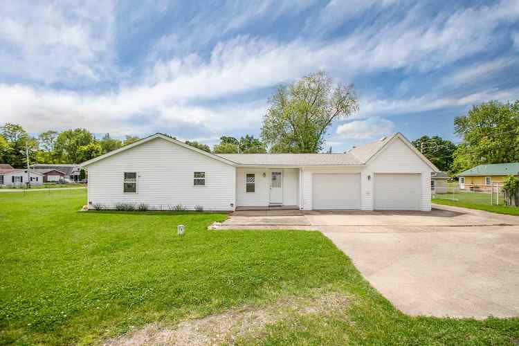 20041 Wedgewood Drive South Bend, IN 46637 | MLS 201923285 | photo 1