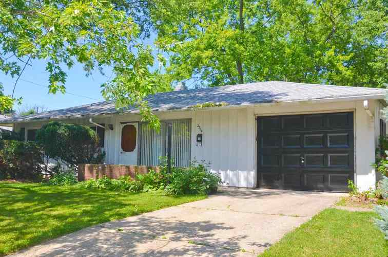 2304 Sioux Place Lafayette, IN 47909 | MLS 201923468 | photo 1