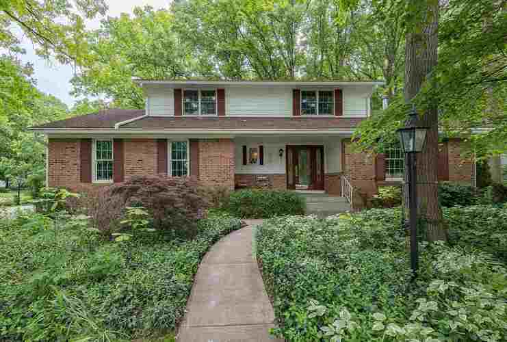 11226  Trails North Drive Fort Wayne, IN 46845 | MLS 201923523