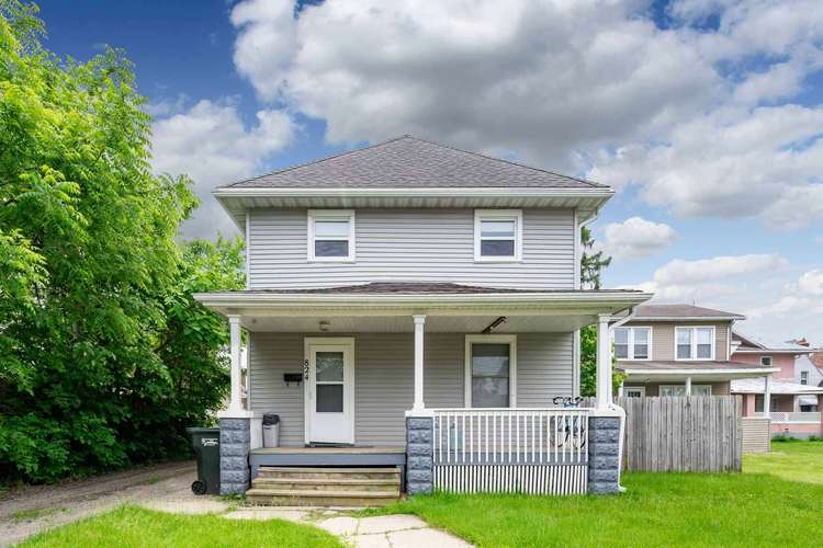 824  South Bend Avenue South Bend, IN 46617-1942 | MLS 201923536