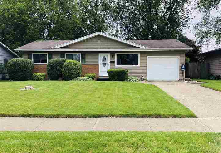 5210  Mayfair Place South Bend, IN 46619-2431 | MLS 201923717