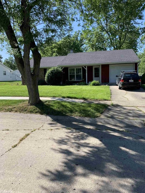 929  APPLEWOOD Road Fort Wayne, IN 46825 | MLS 201923914