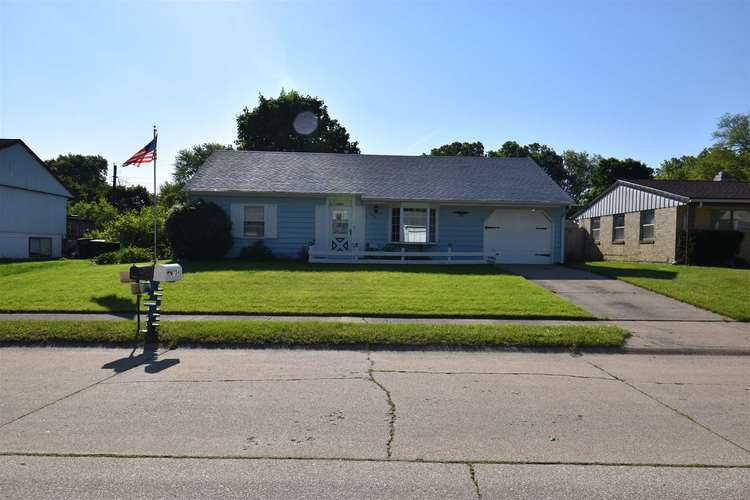3734 Eastmont Dr South Bend, IN 46628-3858 | MLS 201923963 | photo 1