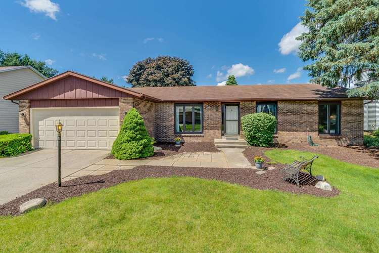 18323 Coventry Court South Bend, IN 46637 | MLS 201923984 | photo 1