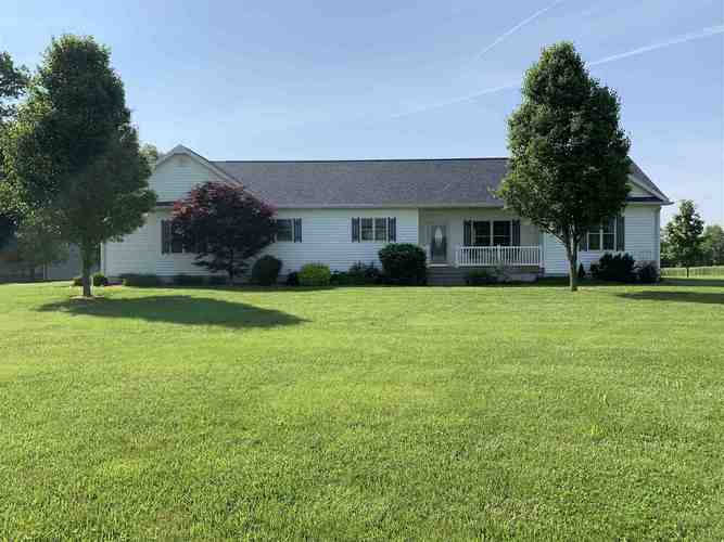 5672 S Monroe School Road Monroe City, IN 47557 | MLS 201923987