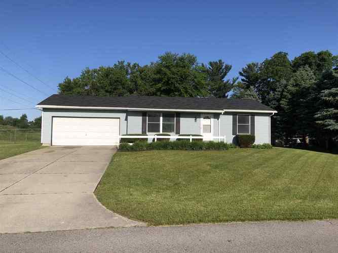 53751 Hyde Park Drive Bristol, IN 46507 | MLS 201923989 | photo 1