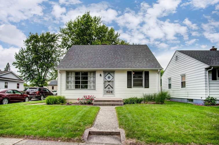 1528 Sinclair Street Fort Wayne, IN 46808 | MLS 201924150 | photo 1
