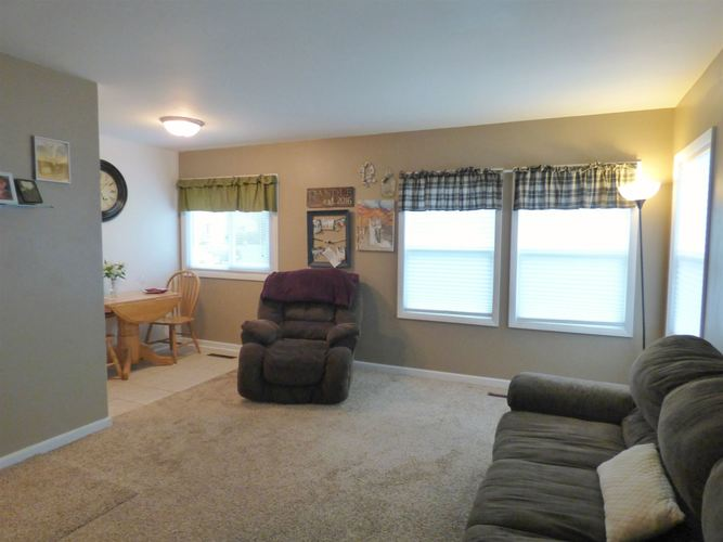 1211 Byron Drive South Bend, IN 46614-2730 | MLS 201924459 | photo 4