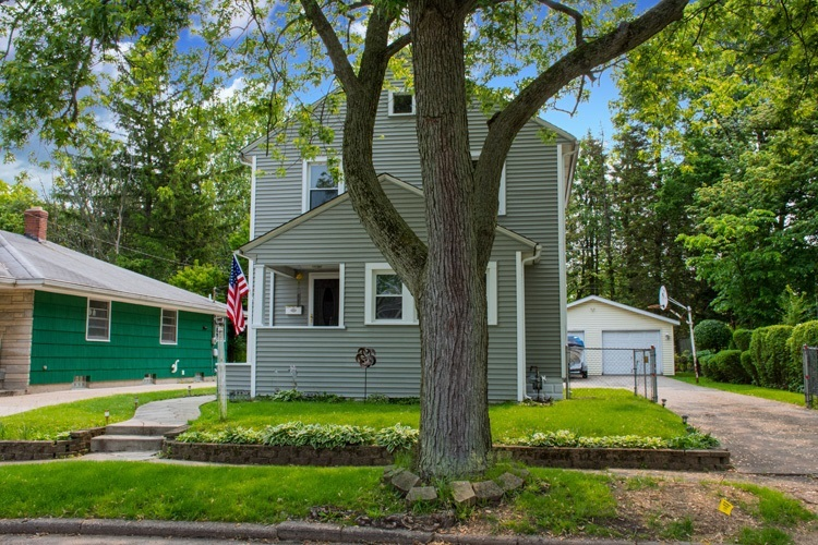1018 Stanfield Street South Bend, IN 46617 | MLS 201924529 | photo 4