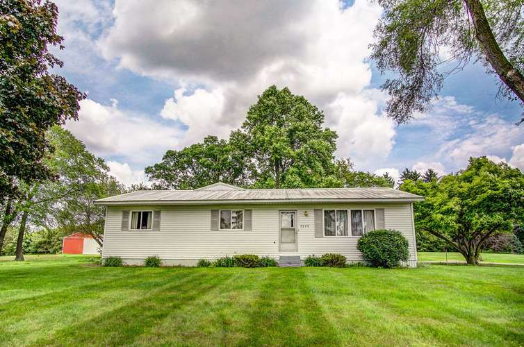 7270 W Orland Road W Angola, IN 46703-9715 | MLS 201924542 | photo 1