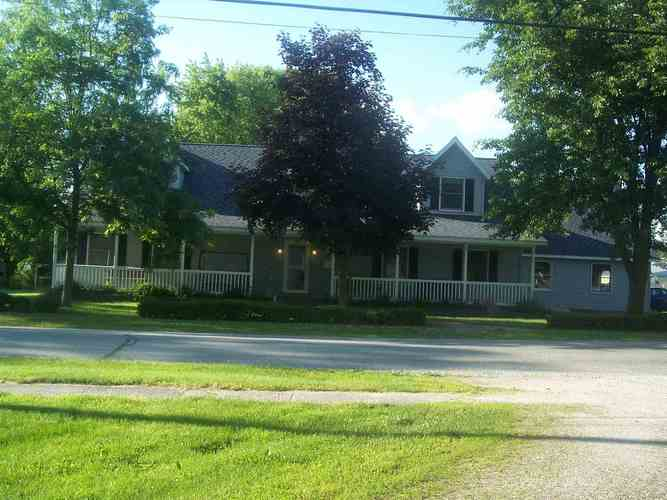 208 E Ninth Street North Manchester, IN 46962   MLS 201924543