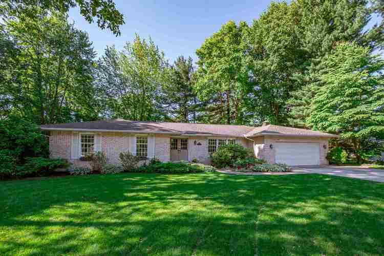 17650  Briarcliff Court South Bend, IN 46635-1101 | MLS 201924816