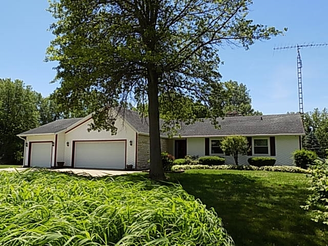 22996  Gary Drive Goshen, IN 46528-9074 | MLS 201924853