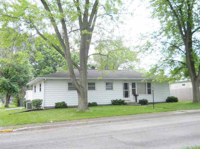 414 N Union Street Warsaw, IN 46580 | MLS 201924968