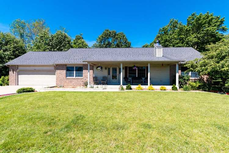 811 Spring Valley Drive Middlebury, IN 46540 | MLS 201925023 | photo 1