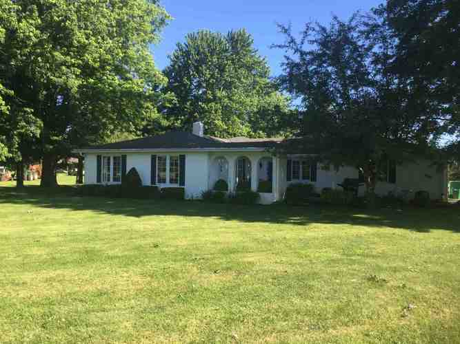9000 E Windsor Road Selma, IN 47383 | MLS 201925084