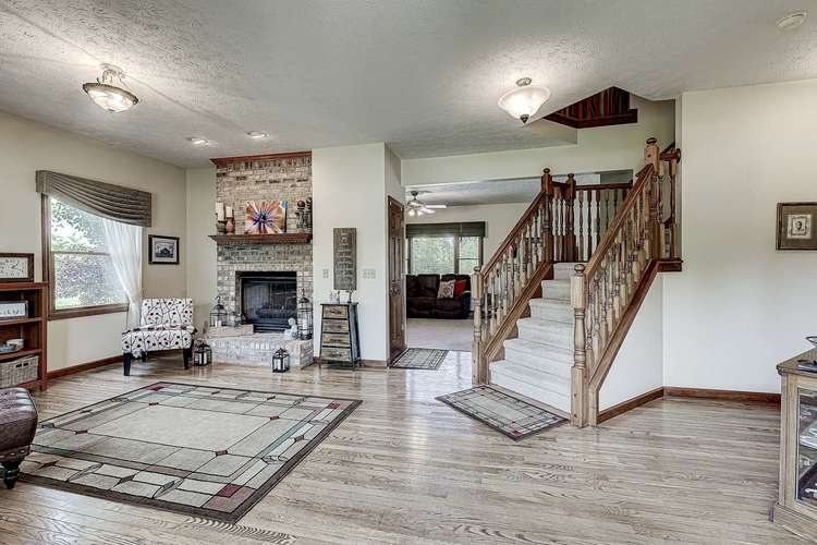 1635 S Mayberry Drive S Frankfort, IN 46041 | MLS 201925159 | photo 10