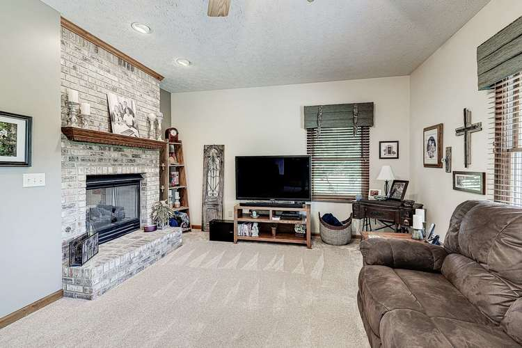 1635 S Mayberry Drive S Frankfort, IN 46041 | MLS 201925159 | photo 18