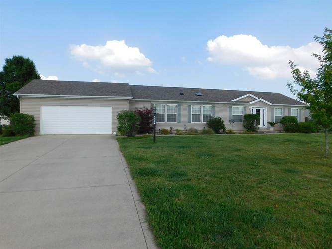 4072 N Southwinds Trail Warsaw, IN 46582 | MLS 201925365