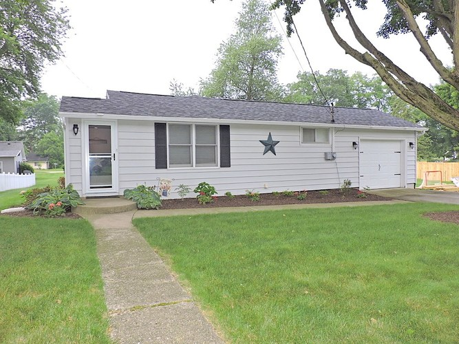 427 W Washington Street Culver, IN 46511 | MLS 201925385