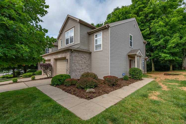 2100 S Bayberry Court Bloomington, IN 47401 | MLS 201925476