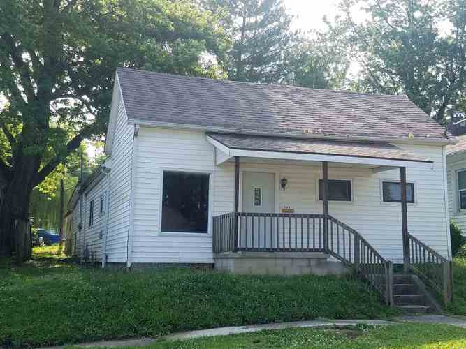 106 N 15th Street Washington, IN 47501 | MLS 201925530