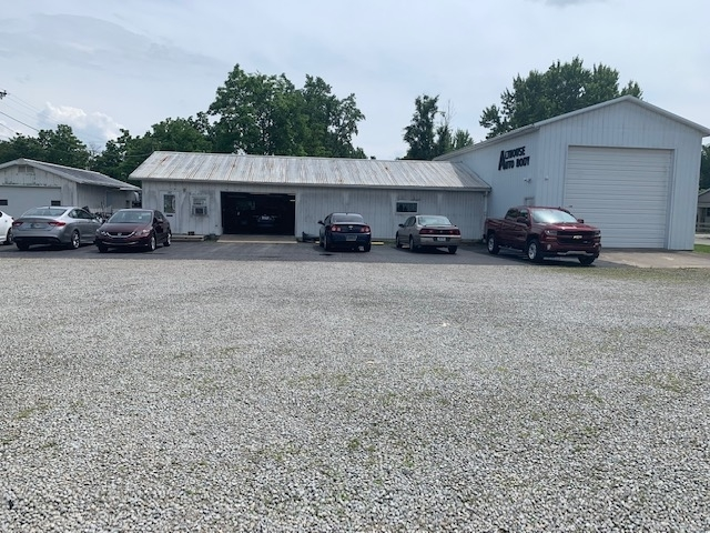 1306 N Cherry Street Hartford City, IN 47348 | MLS 201925704