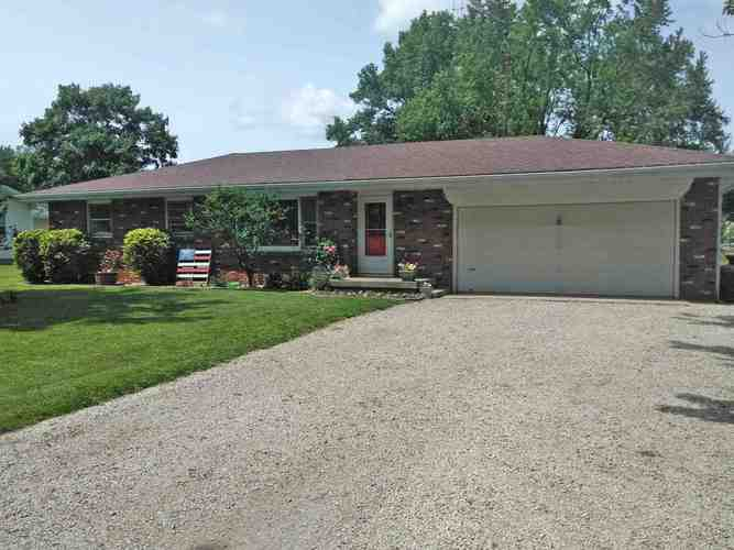 962 Carriage Lane New Castle, IN 47362-9704 | MLS 201925857 | photo 1