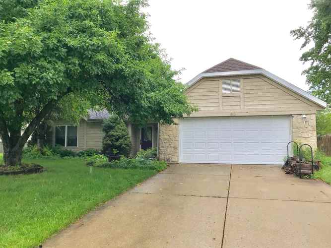 60  Paradise Court Lafayette, IN 47905 | MLS 201926004