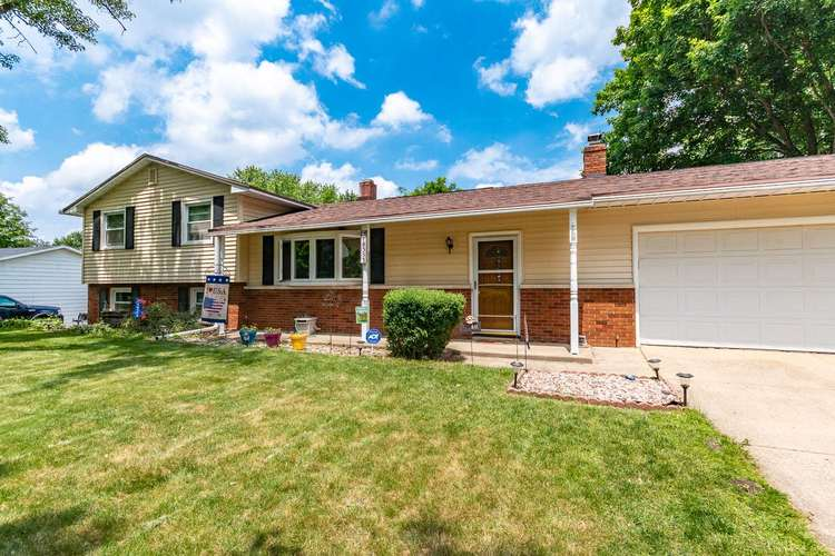18353 Westover Drive South Bend, IN 46637 | MLS 201926036 | photo 1