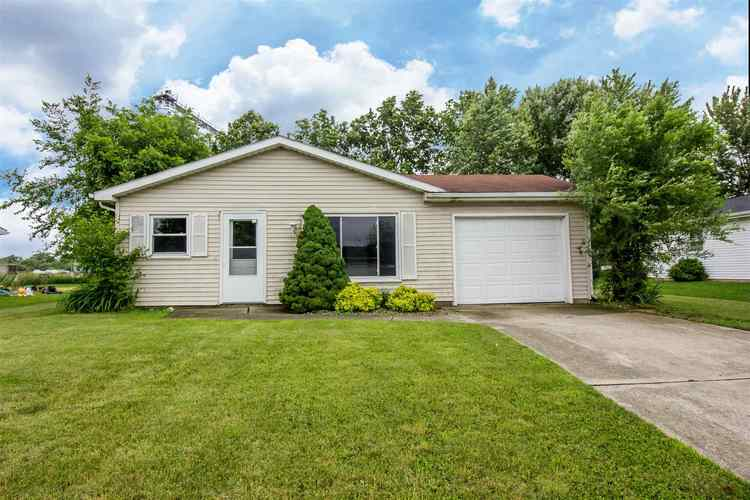 163  Staunton Avenue Churubusco, IN 46723-1514 | MLS 201926121