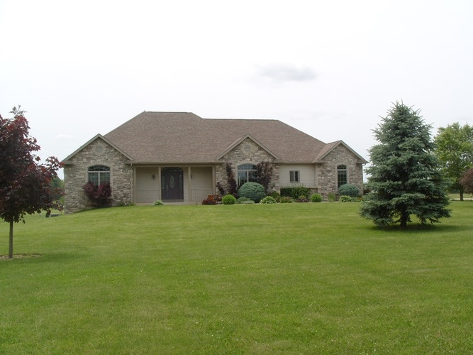 1355  Dogwood Road Bremen, IN 46506 | MLS 201926196