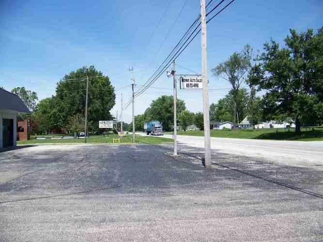 187 W State Road 60 Highway W Campbellsburg, IN 47108 | MLS 201926218 | photo 2