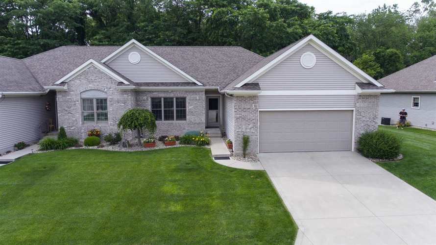 229  River Park Drive Middlebury, IN 46540 | MLS 201926223