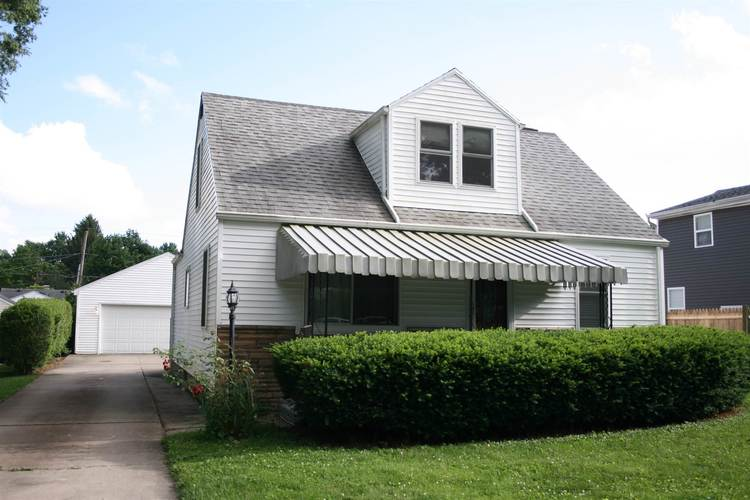 2709  Witchwood Drive Fort Wayne, IN 46809 | MLS 201926451