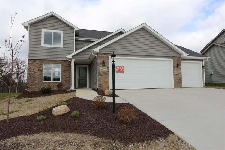 687 Sully Court Angola IN 46703   MLS 201926654   photo 1