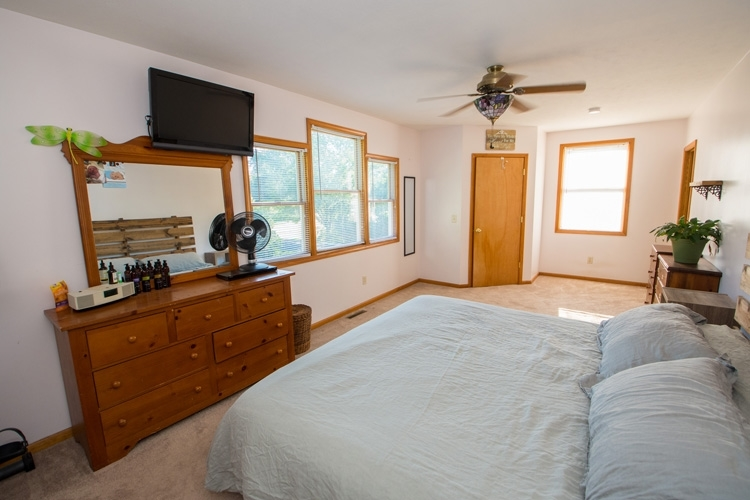 109 S Indiana Avenue S Wakarusa, IN 46573-9537 | MLS 201926678 | photo 21
