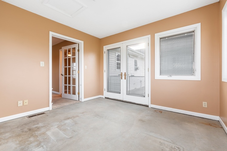 510 Lissaaron Drive Winchester, IN 47394 | MLS 201926687 | photo 17