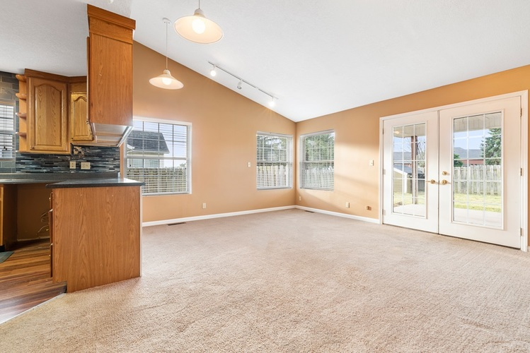 510 Lissaaron Drive Winchester, IN 47394 | MLS 201926687 | photo 8