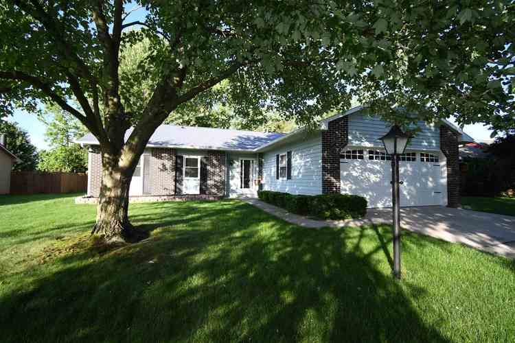 3715  Andover Place Fort Wayne, IN 46804-2671 | MLS 201926865
