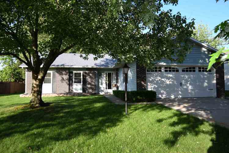 3715 Andover Place Fort Wayne, IN 46804-2671   MLS 201926865   photo 3