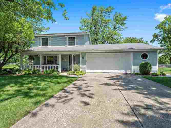 6705  Woodcrest Drive Fort Wayne, IN 46815-5568 | MLS 201926892